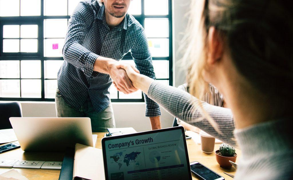 書く技術を磨けば、ビジネスで成功できる道が開ける